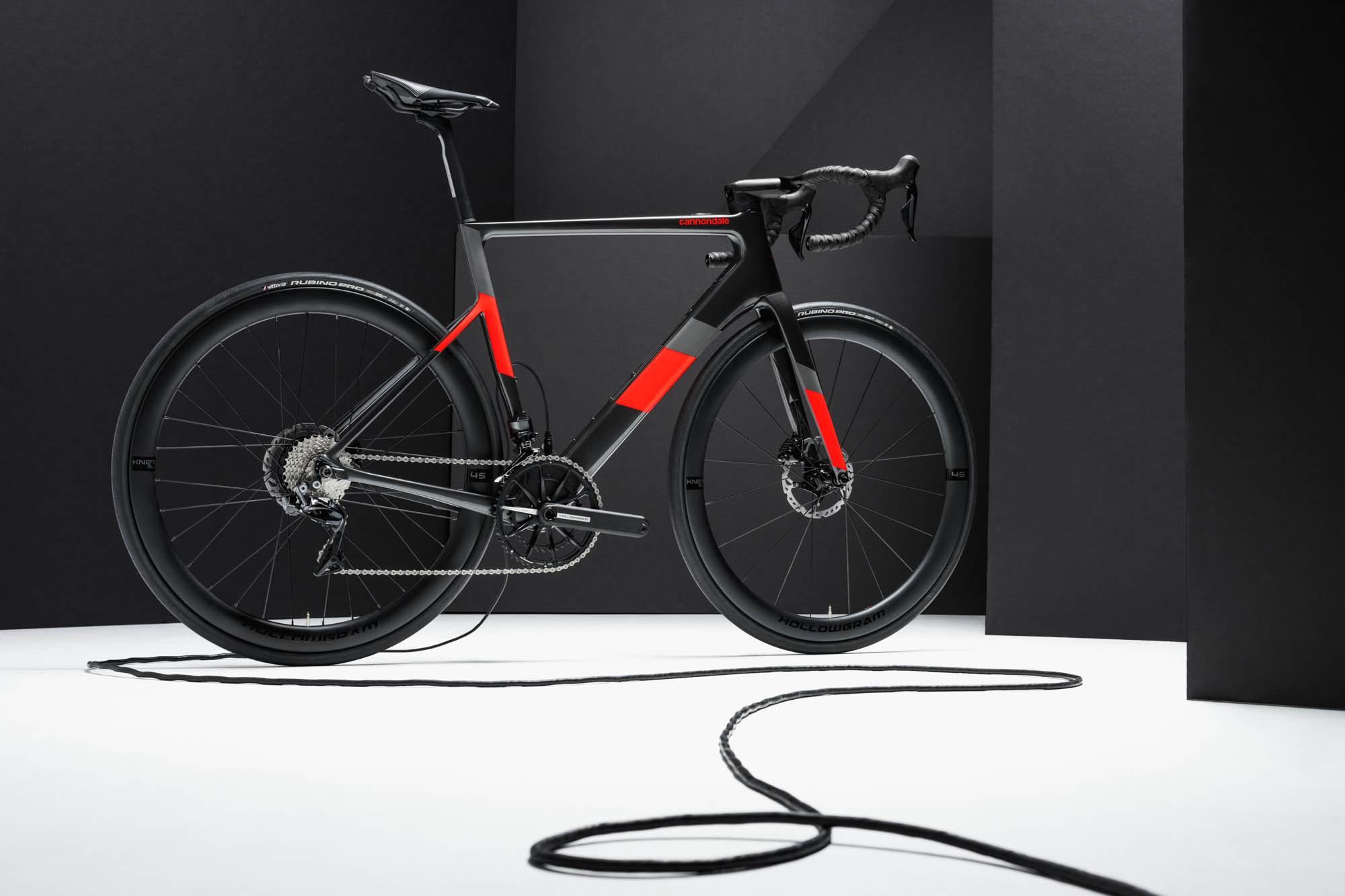 Nowy Cannondale SuperSix EVO Neo – rower e-road stworzony do latania