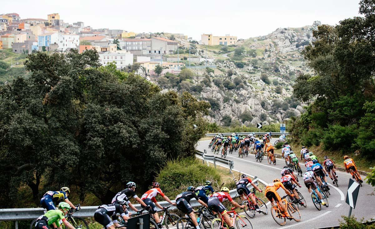 Cesta na Sardinii